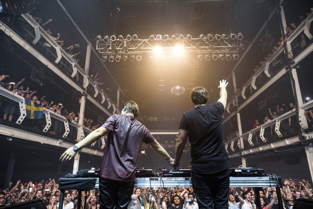 Photo of #Premiere | The Chainsmokers Ft. Coldplay – Something Just Like This (Alesso Remix)